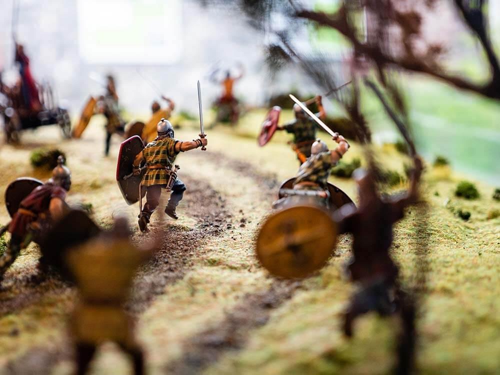 Miniature battle models